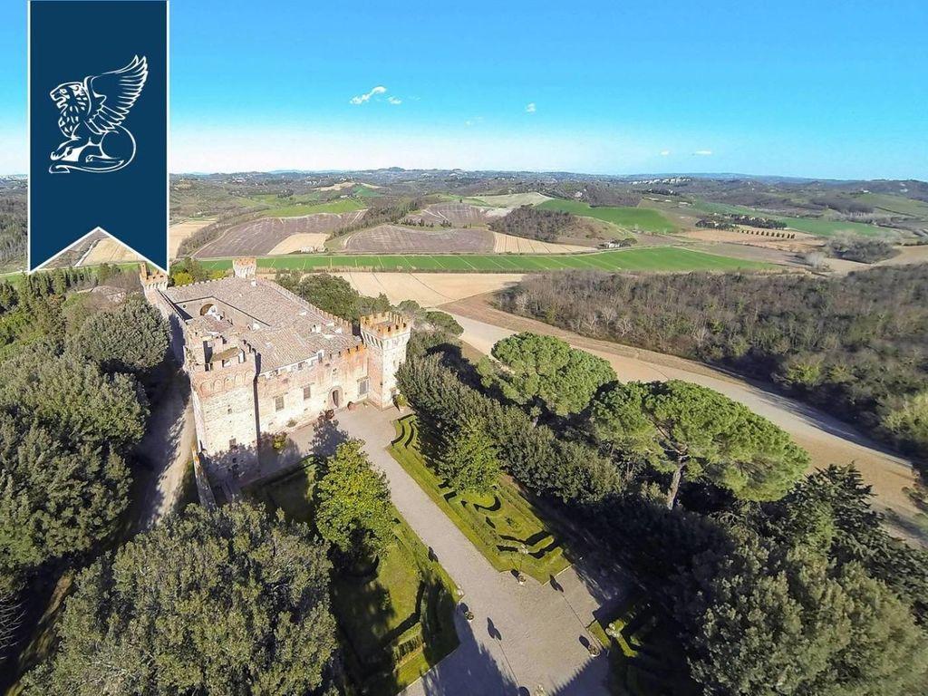 Castello di 3300 mq in vendita - viale della libertà ...