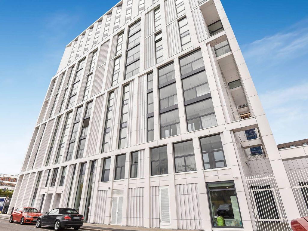 Luxus-Apartment Mit 1 Schlafzimmer Zu Verkaufen In 5