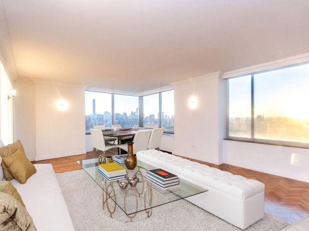 luxus apartment mit 266 m2 zu verkaufen in 360 88 new york city new york 21265242. Black Bedroom Furniture Sets. Home Design Ideas