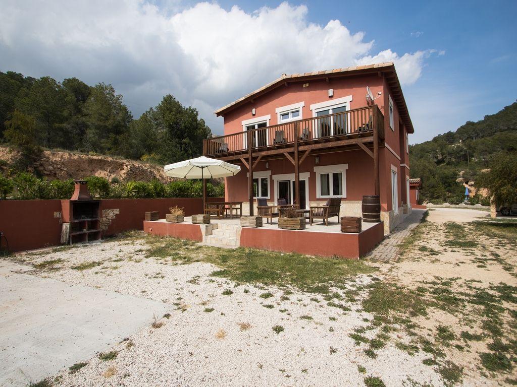 Casa r stica de alto standing de 751 m2 en venta partida armanellos 2 finestrat provincia de - Casa rustica valencia ...