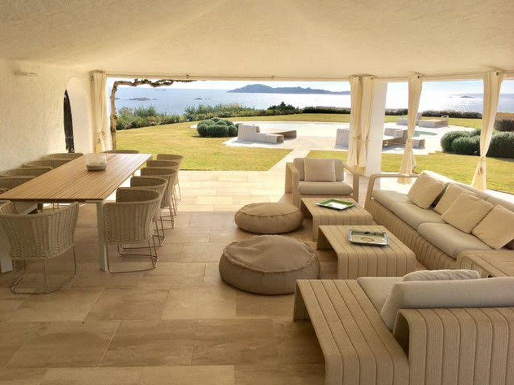 Luxus Haus mit 9 Zimmer zu verkaufen in Arzachena Italien