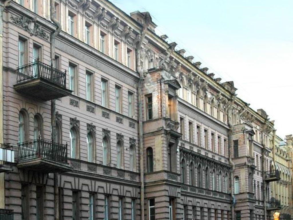 3 Bedroom Luxury Apartment For Sale In Рубинштейна 5