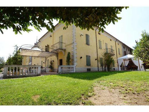 Case Di Campagna Colline Piacentine : Vendita case di lusso in provincia di piacenza immobili di