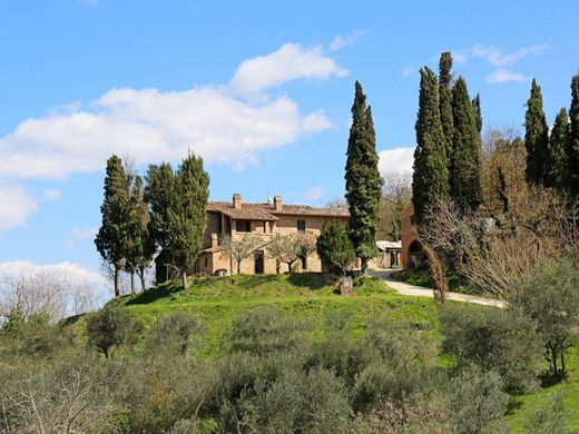 Country House in Chiusi, Province of Siena