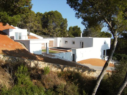 Chalet in Costa de los Pinos, Province of Balearic Islands