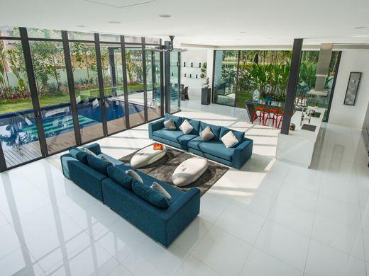 Mansion In Kuala Lumpur