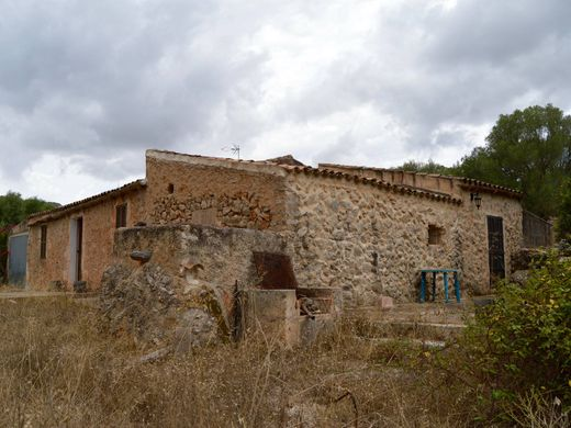 Cottage in Cales de Mallorca, Province of Balearic Islands
