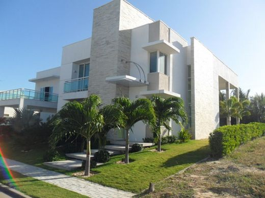 Luxury home in Porto das Dunas
