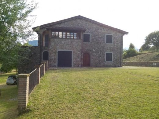 Country House in Barga, Provincia di Lucca