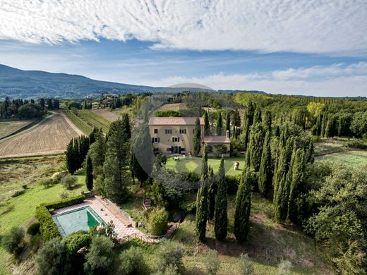 Country House in Cetona, Province of Siena
