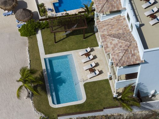 Detached House in Akumal, Quintana Roo