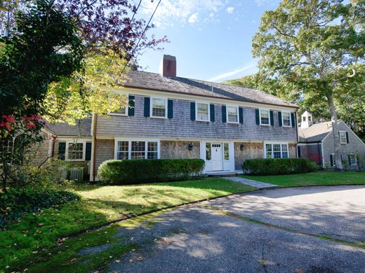 Detached House in Osterville, Barnstable County