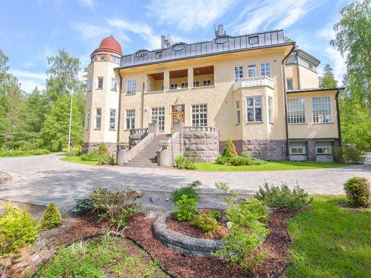 Продажа дома финляндия купить квартиру в Абу Даби Дадна
