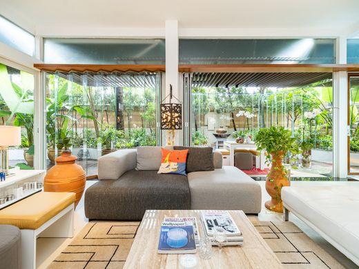 Купить квартиру в гонконге цены купить недвижимость в америке недорого у моря