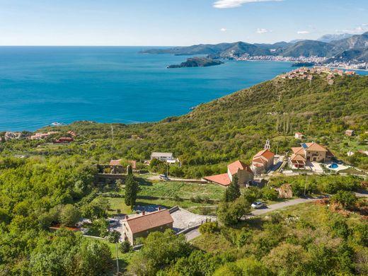 Черногория частные дома управление недвижимость за рубежом