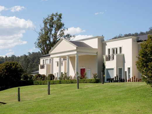 Awe Inspiring Luxury Homes Australia For Sale Prestigious Villas And Home Interior And Landscaping Ponolsignezvosmurscom