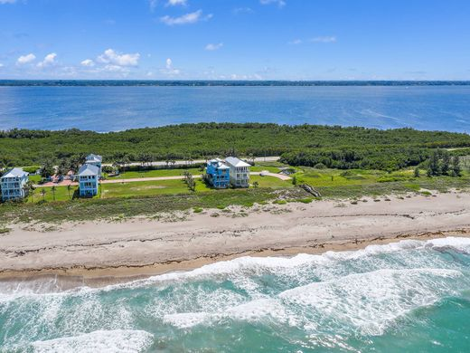 Detached House in Hutchinson Island South, Saint Lucie County