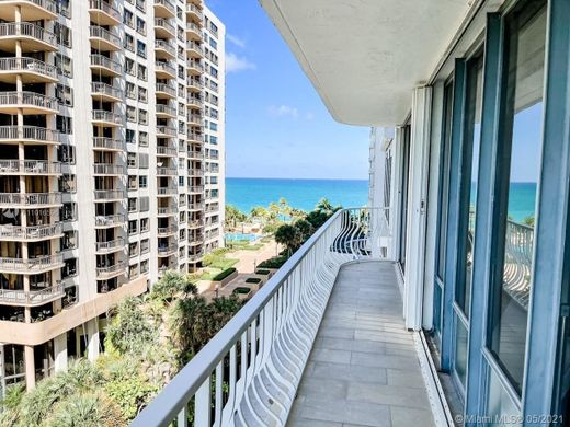 Wohnkomplexe in Bal Harbour, Miami-Dade County