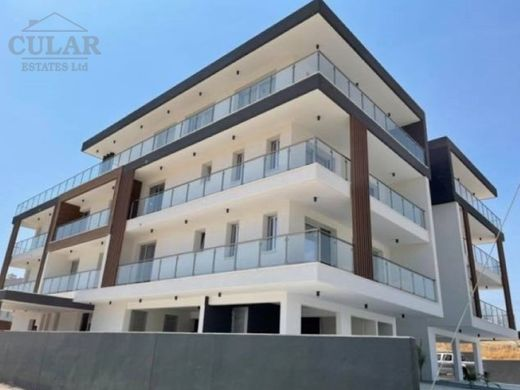 Apartment / Etagenwohnung in Yermasoyia, Limassol District