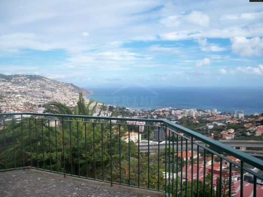 Luxury home in Santo António, Funchal