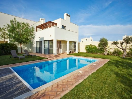 Luxury home in Vila do Bispo e Raposeira, Algarve