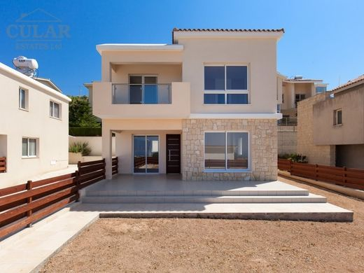 Villa in Yeroskipos, Paphos District