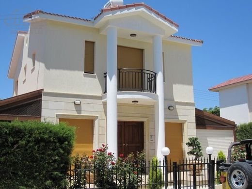 Villa in Moutayiaka, Limassol District