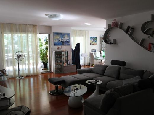 Apartment in Vezia, Lugano