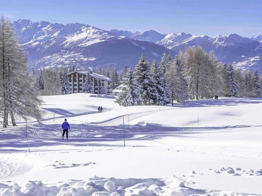 阁楼  Crans-Montana, District de Sierre