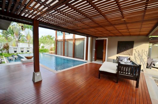 Casa di lusso a Cherngtalay, Phuket Province