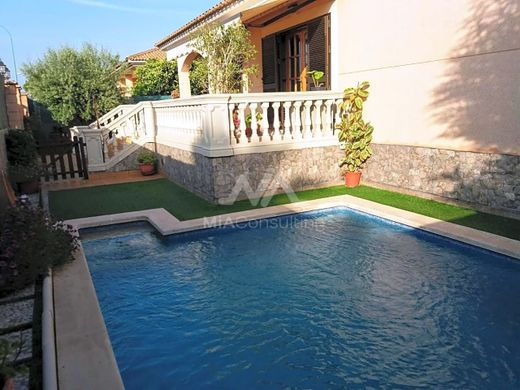 Villa in Pont d'Inca, Province of Balearic Islands