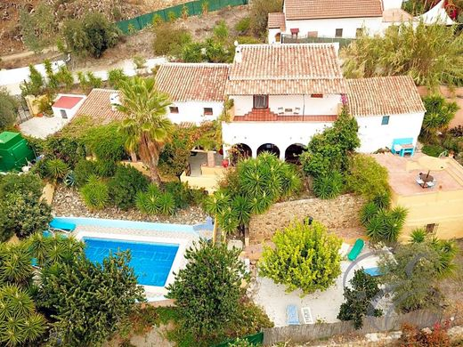 Country House in Comares, Malaga