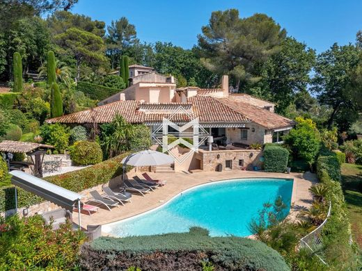 Luxury home in Mougins, Alpes-Maritimes