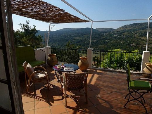Luxe woning in Coursegoules, Département des Alpes-Maritimes