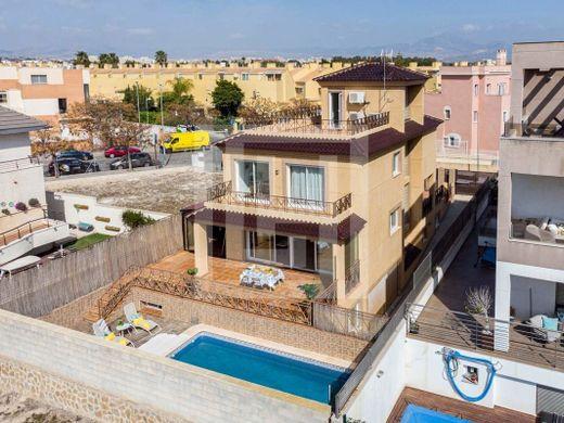 Продажа недвижимости в аликанте дубай квартира снять