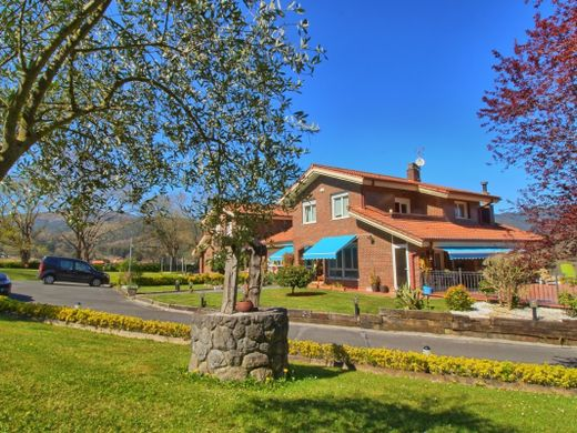 Detached House in Sopuerta, Biscay