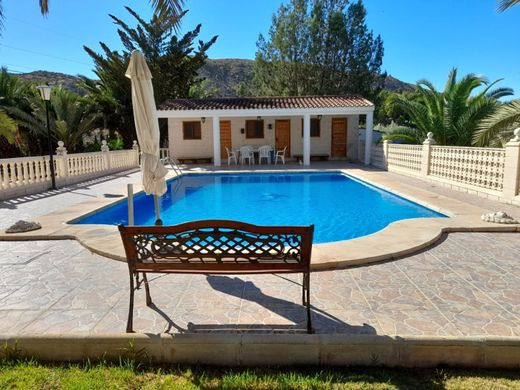 Detached House in Elda, Province of Alicante
